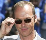 Michael Keaton lors de la première d'Herbie : Full Loaded à El Capitan Theatre à Hollywood, le 19 juin 2005.
