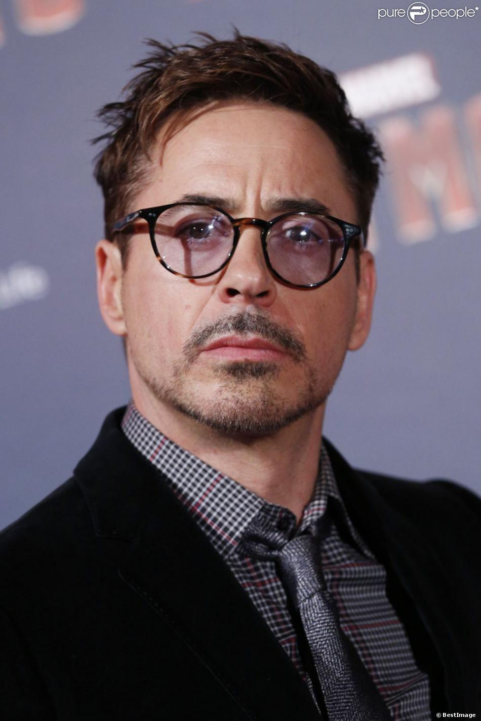 Robert Downey Jr. lors de l'avant-première parisienne d'Iron Man 3 au Grand Rex le 14 avril 2013.