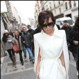 Victoria Beckham, version First Lady en virée shopping en 2009 à Paris