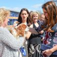 """Kate Middleton à l'école primaire The Willows à Manchester le 23 avril 2013"""