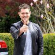 Le chanteur Michael Bublé en sortie en amoureux, à Vancouver, le 19 avril 2013.