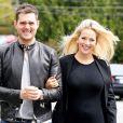 Michael Bublé et sa très jolie femme Luisana Lopilato en sortie en amoureux, à Vancouver, le 19 avril 2013.