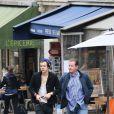Harry Styles sort de son hôtel, le 28 avril 2013. Il s'est promené à Montmartre.