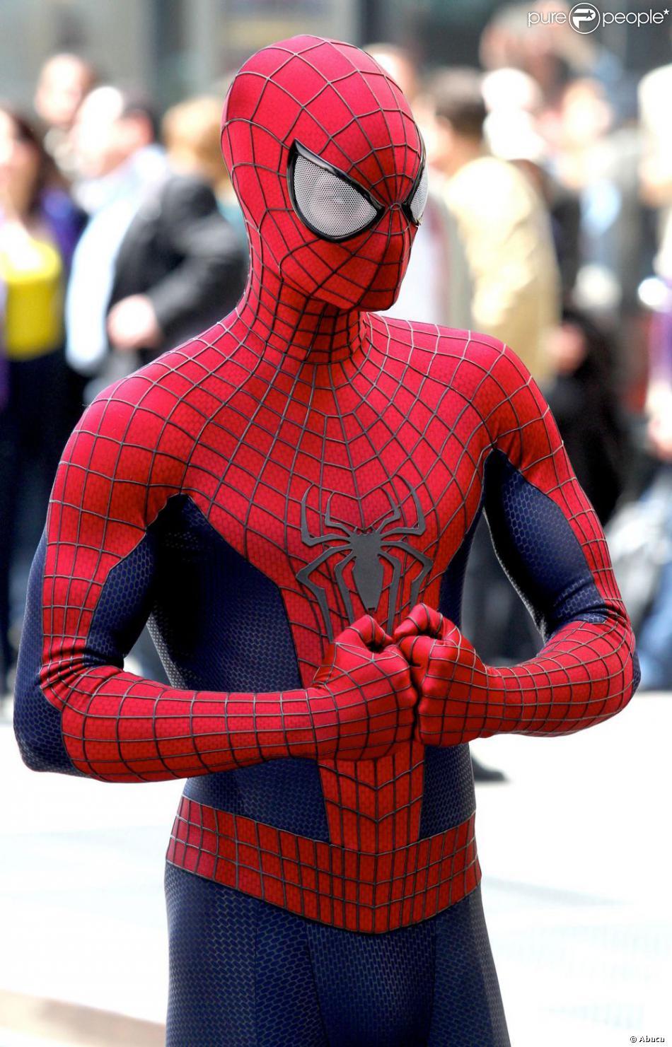 Посмотреть новый человек паук высокое напряжение 9 фотография