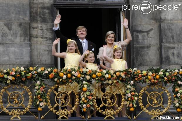 Amsterdam apr s la f te de la reine 30 4 2013 vol du go land - Le roi du matelas tourcoing ...