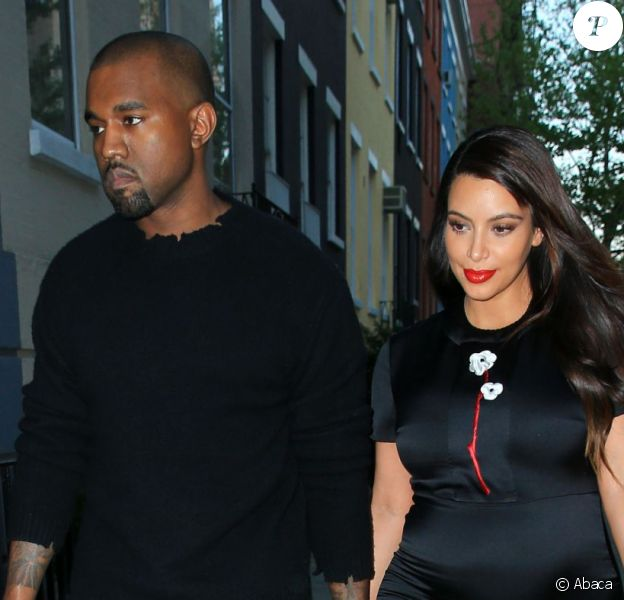 Kanye West et Kim Kardashian se rendent main dans la main chez Anna Wintour pour dîner en vue du gala du Costume Institute. New York, le 5 mai 2013.