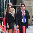 Les acteurs Charlie Sheen et Denise Richards se rendent au tribunal de Los Angeles. Il était question de savoir qui aurait la garde des jumeaux Bob et Max, fils de l'acteur et de Brooke Mueller, internée pour être retombée dans la drogue. Photo prise le 7 mai 2013.