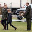 Lady Louise Mountbatten-Windsor, 9 ans, avec ses parents le prince Edward et la comtesse Sophie de Wessex, au Windsor Horse Show le 11 mai 2013
