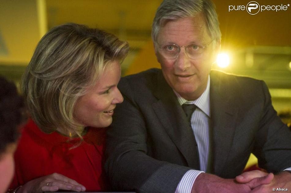 Le prince Philippe et la princesse Mathilde de Belgique, complices, inauguraient le 17 mai 2013 à Malines deux extensions de la Technopolis, Xplora et Inspirience.