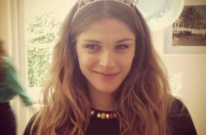 Elisa Sednaoui : Enceinte et entourée de ses amies, la future maman rayonne !