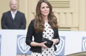 Kate Middleton : Enceinte de 7 mois, sa jolie robe à pois se soulève...