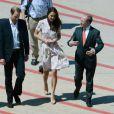 La prince William et Kate Middleton à l'aéroport de Brisbane le 19 septembre 2012