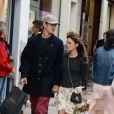 Rachel Bilson et son fiancé Hayden Christensen s'offre une journée shopping dans les rues de Cannes, entre visite chez Zara et la FNAC le 19 mai 2013