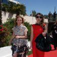 Léa Drucker et Natalie Beder (robe Carolina Herrera et sac Gérard Darel) au 66e Festival de Cannes, le 20 mai 2013.