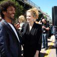 Tomer Sisley (montre Nicolas Rieussec de Montblanc) et Margot Bancilhon (en robe noire Paul Ka) à Cannes.