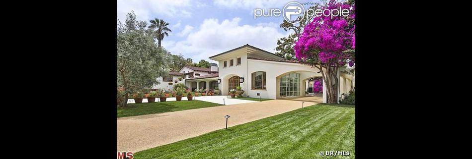 Bruce Willis a mis en vente sa propriété de Beverly Hills pour la somme de 22 millions de dollars.