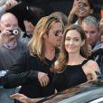 Brad Pitt et Angelina Jolie arrivent à la première mondiale de World War Z, à l'Empire Leicester Square, Londres, le 2 juin 2013.