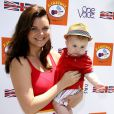 Heather Tom et son fils Zane au 7e Kidstock Music and Art Festival au manoir Greystone à Beverly Hills, le 2 juin 2013