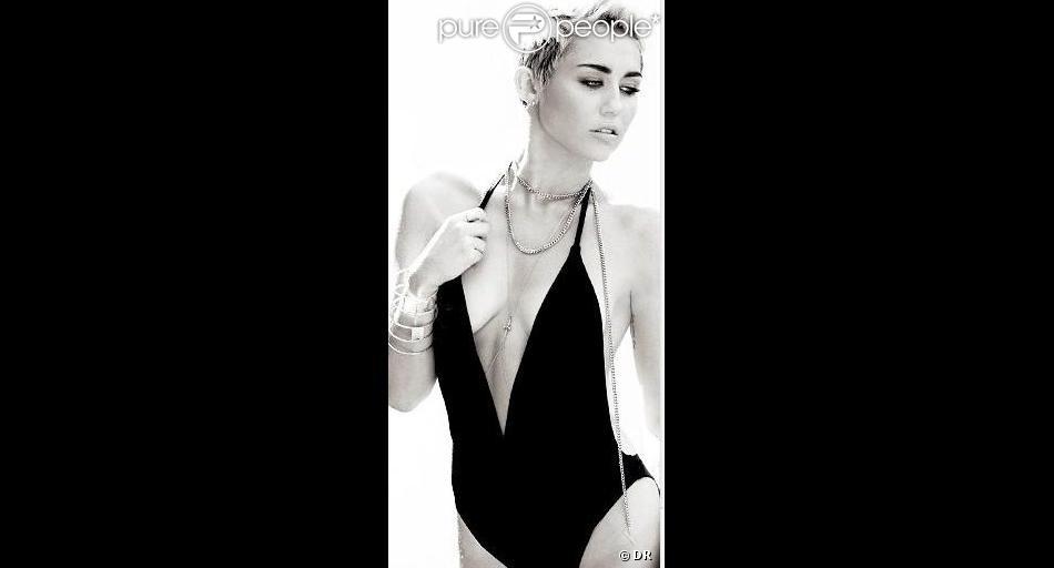 Miley Cyrus s'est une nouvelle fois affichée en petite tenue pour la sortie de son nouveau single.