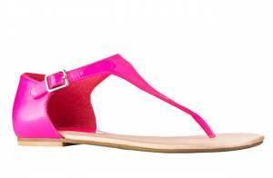 Coup de coeur mode : Les sandales rose fluo des 3 Suisses