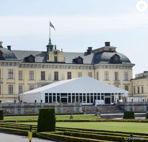 Le palais Drottningholm, fief royal à Stockholm, est fin prêt pour accueillir la réception du mariage de la princesse Madeleine de Suède et de Chris O'Neill, le 8 juin 2013.