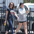 Exclusif - Kristen Stewart avec une amie à Los Feliz, le 7 juin 2013.