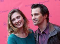 Olivier Martinez, Julie Gayet : Complices sur la plus belle avenue du monde