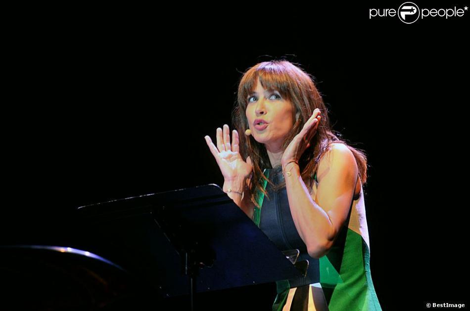 Sophie Marceau sur la scène de l'Olympia dans le cadre du Festival Radio Classique à Paris, le 15 juin 2013.
