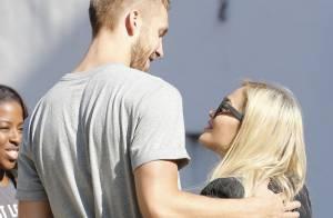Rita Ora : Tendres adieux avec son chéri Calvin Harris