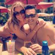 LeAnn Rimes a posté sur son compte Twitter des photos de ses moments de détente à la plage avec son mari Eddie Cibrian et les enfants de ce dernier. Juin 2013.