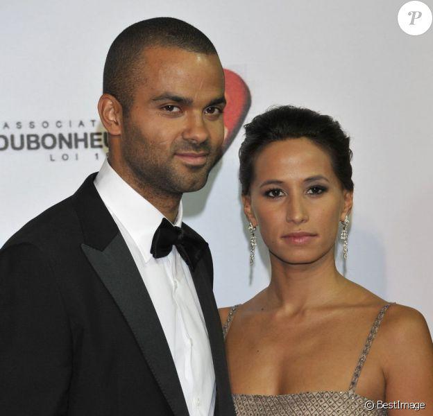 Tony Parker et sa compagne Axelle lors du Monaco Par Coeur, le 22 septembre 2012