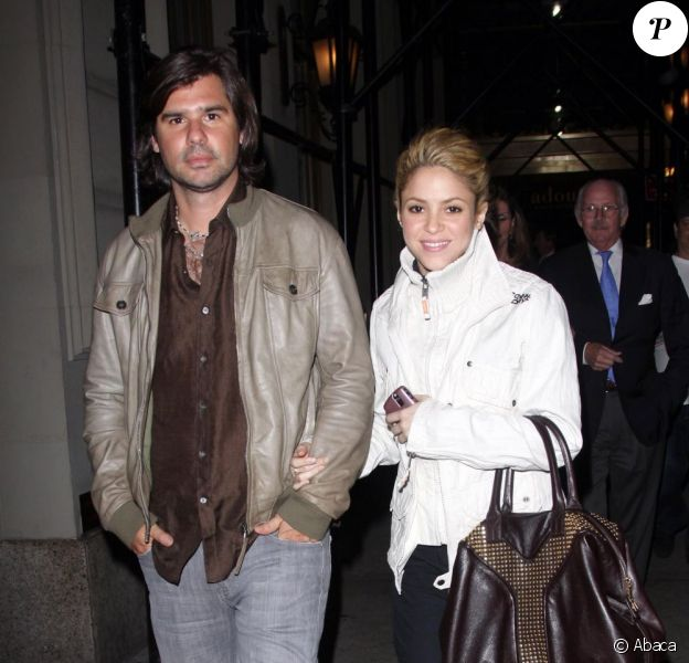 Shakira et son petit ami de l'époque, Antonio De La Rua, à Manhattan, le 22 octobre 2009.