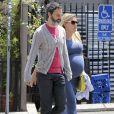 Busy Phillips et son mari Marc Silverstein vont dejeuner à West Hollywood, le 12 juin 2013.