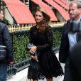 La princesse Madeleine de Suède, sous bonne escorte, arrive au Plaza pour dîner. Paris, le 3 juillet 2013.