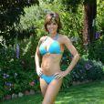 La belle Lisa Rinna dans son bikini bleu à une poop party, à Beverly Hills, le 5 juillet 2013