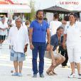 Daniel Hechter et Henri Leconte lors du tournoi de pétanque organisé à l'occasion de la 3ème édition du Classic Tennis Tour, sur la place des Lices à Saint-Tropez le 11 juillet 2013