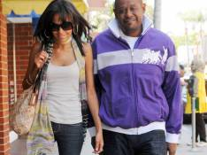 PHOTOS : Forest Whitaker, tendre balade avec son épouse taille mannequin !