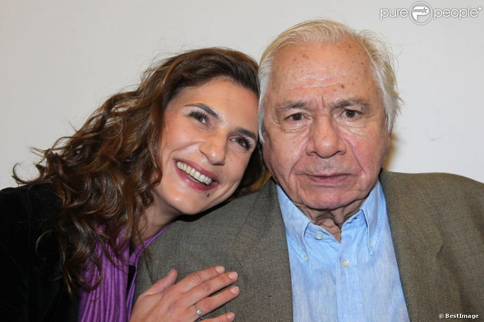 Emmanuelle Galabru et son père Michel Galabru à Paris le 17 novembre 2011.