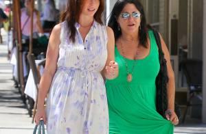 Jennifer Love Hewitt enceinte : Poitrine et formes divines, elle est rayonnante