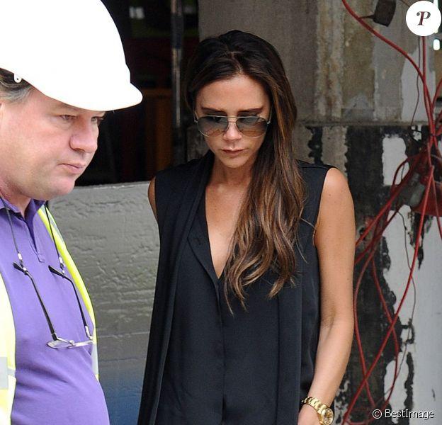 Exclusif - David et Victoria Beckham, quittent un site de construction avec Gordon Ramsay, dans le sud de Londres, le 12 juillet 2013. Il se pourrait que les Beckham aient décidé d'investir dans un restaurant.