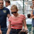 Kylie Minogue passe ses vacances sur le yacht de ses amis Dolce et Gabbana, à Portofino, le 24 juillet 2013.