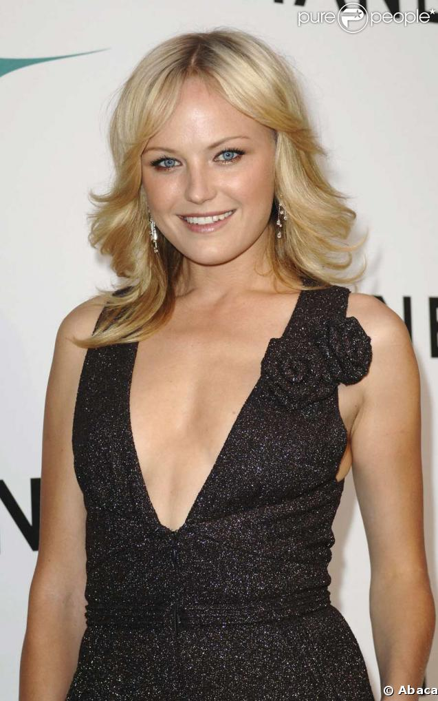 ... : hooters restaurants malin akerman 58502 malin akerman 637x0 1 jpg