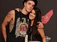 Shenae Grimes : Baisers endiablés sur tapis rouge avec son mari Josh Beech