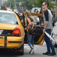 Ashley Tisdale et Christopher French vont faire du shopping à New York, le 9 août 2013.