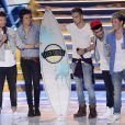 (L-R) Liam Payne, Harry Styles, Louis Tomlinson, Zayn Malik and Niall Horan of One Direction accept the award for Choice Group onstage at the 2013 Teen Choice Awards at Gibson Amphitheater on Sunday, August 11, 2013, in Universal City, Los Angeles, CA, USA. Photo by Phil McCarten/PictureGroup/ABACAPRESS.COM12/08/2013 - Los Angeles