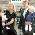 Le prince Friso d'Orange-Nassau et la princesse Mabel avec leurs filles Luana et Zaria le 8 octobre 2006 lors du baptême de leur nièce Leonore, fille du prince Constantijn.