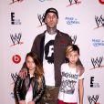 Travis Barker et ses enfants Alabama Barker et Landon Barkerlors de la soirée Superstars For Hope à Los Angeles, le 15 août 2013.