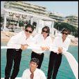 Les Worlds Apart à Cannes en mai 1998.