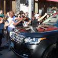 Kanye West quitte une boutique Cartier. West Hollywood, le 16 aout 2013.