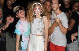 Lady Gaga : La bête de mode poursuit son défilé, suspense avant les MTV VMAs